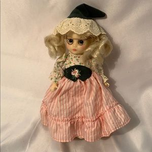 1982 Ideal Doll H-375